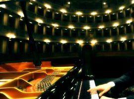 CORSO DI PIANOFORTE PER ADULTI