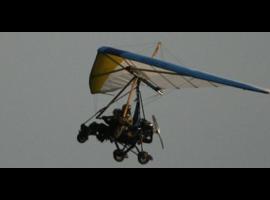 Corso di pilotaggio Deltaplano a motore (Pendolare)