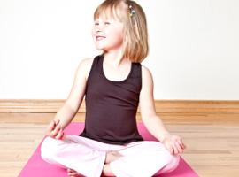 Corso di Dozen Yoga per bambini Mamme e Cuccioli